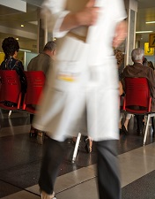 CHLP recebe 11 novos médicos especialistas