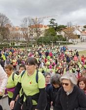400 leirienses aceitaram o desafio e caminharam com o CHL pela luta ao cancro